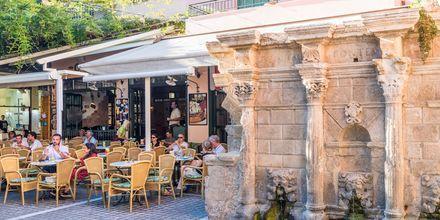 I Rethymnon stad finns flera restauranger att välja mellan.