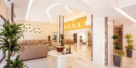 Lobbyn på hotell Rhodos Horizon City.