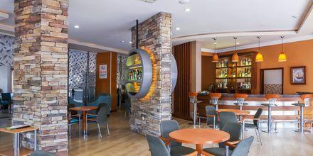 Lobbybaren på hotell Riviera i Alanya, Turkiet.