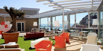 Poolbaren på hotell Riviera Vista på Gran Canaria, Kanarieöarna.