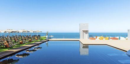Poolen på hotell Riviera Vista på Gran Canaria, Kanarieöarna.