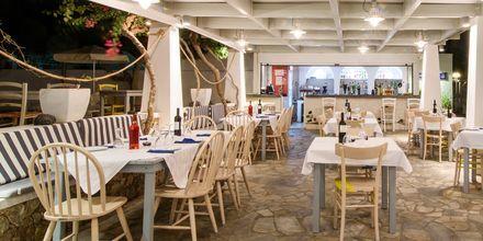 Restaurang på RK Beach Hotel, Kamari, Santorini.