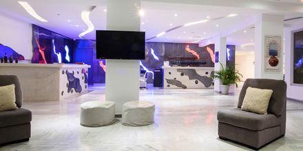 Lobby på RK Beach Hotel, Kamari, Santorini.