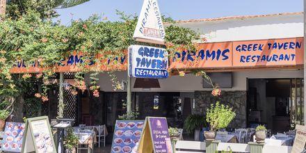 Restaurang på hotell Rose i Kato Stalos på Kreta.