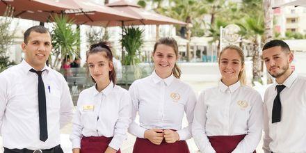 Personal på hotell Royal G i Durres, Albanien.