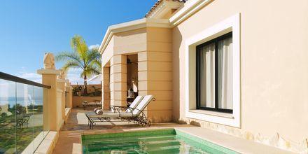 Trerumslägenhet på hotell Royal Garden Villa i Playa de las Americas på Teneriffa, Spanien.