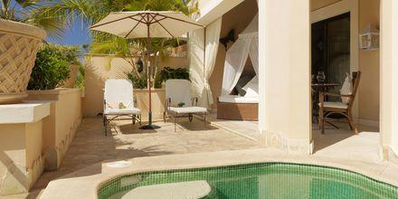Tvårumslägenhet på hotell Royal Garden Villas i Playa de la Americas på Teneriffa, Spanien.