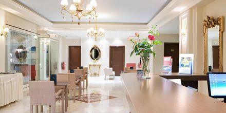 Lobby på hotell Royal Nidri på Lefkas, Grekland.