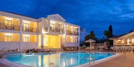 Poolområde på hotell Royal Nidri på Lefkas, Grekland.