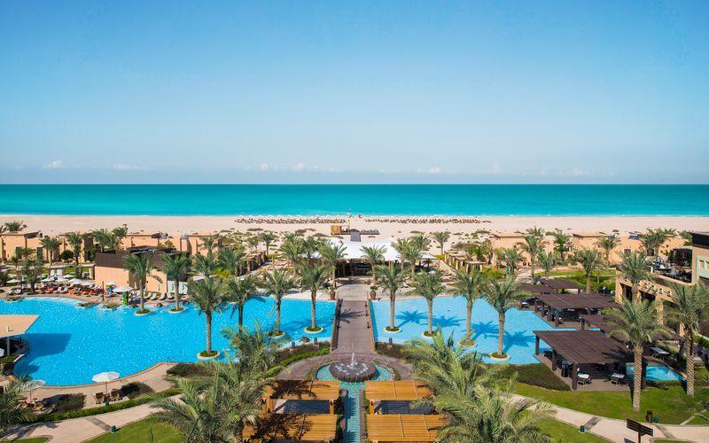 Hotell Saadiyat Rotana Resort & Villas i Abu Dhabi, Förenade Arabemiraten.