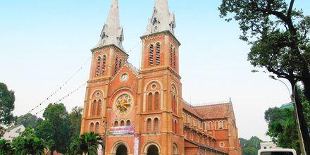 Den katolska katedralen i Saigon, Vietnam.