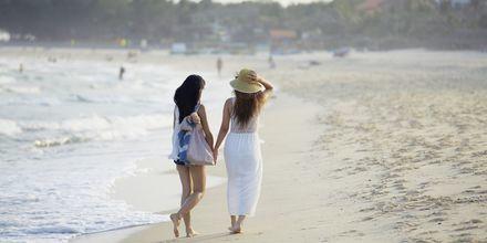 Stranden på Sailing Club Mui Ne Resort i Phan Thiet, Vietnam.