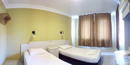Tvårumslägenhet på hotell Sailor i Alanya, Turkiet.