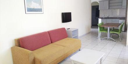 Större tvårumslägenhet på hotell Sailor i Alanya, Turkiet.