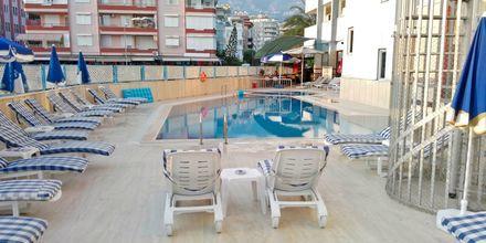 Solterrass på hotell Sailor i Alanya, Turkiet.