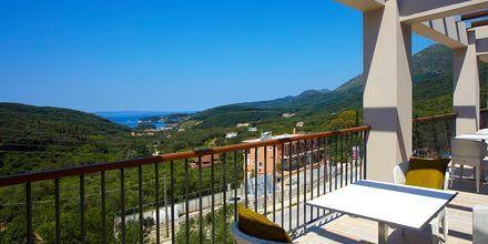 Bar på Salvator Hotel Villas & Spa i Parga, Grekland.
