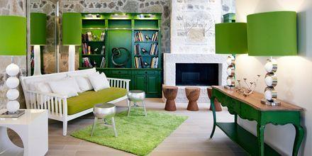Lobby på Salvator Hotel Villas & Spa i Parga, Grekland.