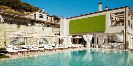 Poolen på Salvator Hotel Villas & Spa i Parga, Grekland.