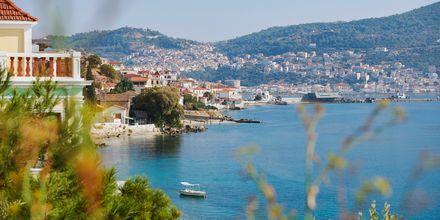 Utsikter i Samos stad, Grekland.