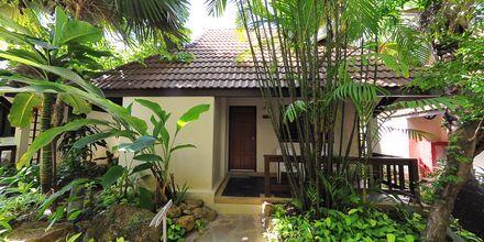 Superiorrum i bungalow på Samui Natien Resort på Koh Samui, Thailand.
