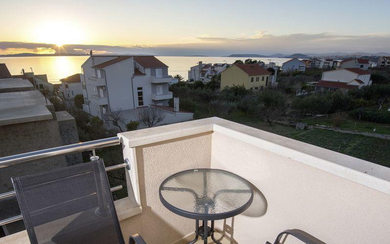 Balkong med havsutsikt på hotell San Marian i Podstrana, Kroatien.