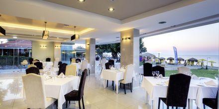 Restaurangen på hotell Santa Helena Beach i Platanias, Kreta, Grekland.