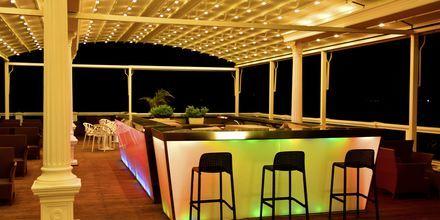 Baren på hotell Santa Quaranta i Saranda, Albanien.