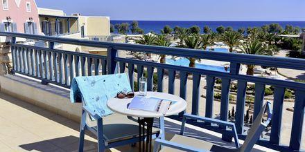 Balkong på Santo Miramare Resort på Santorini, Grekland.