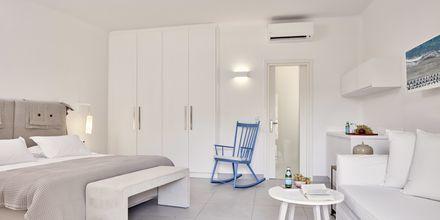 Enrumslägenhet på Santo Miramare Resort på Santorini, Grekland.