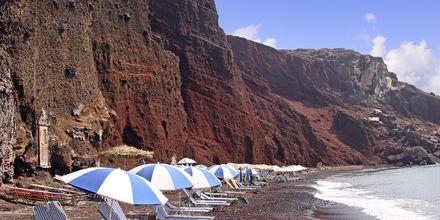 Red Beach på Santorini i Grekland.