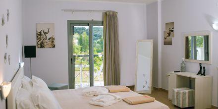 Enrumslägenhet på hotell Sappho i Parga, Grekland.