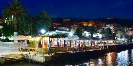 Kväll i Saranda, Albanien.