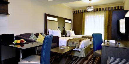 Enrumslägenhet på hotell Savoy Central i Bur Dubai, Förenade Arabemiraten.