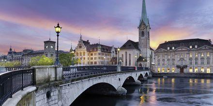 Zürich är en av Schweiz största städer.