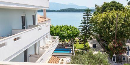 Utsikt från balkong på hotell Seaview på Lefkas, Grekland.