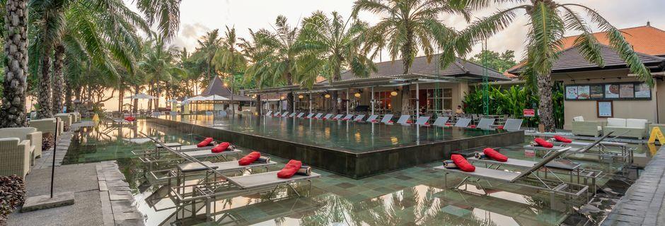 Poolområde på hotell Segara Village, Bali, Indonesien.