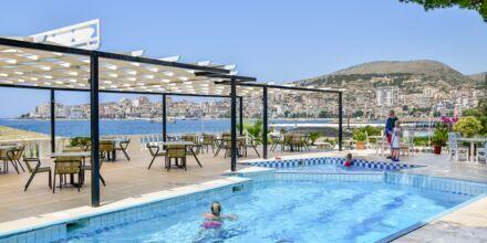 Pool på hotell Sejko i Saranda, Albanien.