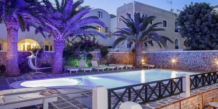 Hotell Sellada Beach på Santorini, Grekland.