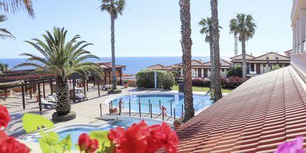Pool på hotell Sentido Galomar på Madeira, Portugal.