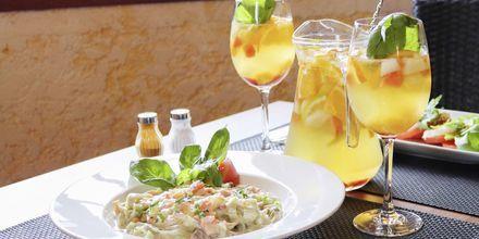 Njut av god mat på hotell Sentido Galomar i Funchal på Madeira, Portugal.