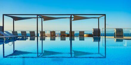 Havsvattenpool på hotell Sentido Galomar på Madeira, Portugal.
