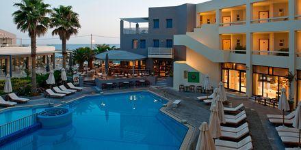 Poolområde på hotell Sentido Pearl Beach i Rethymnon på Kreta.