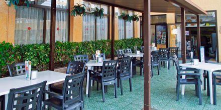 Restaurang på hotell Servatur Caribe i Playa de las Americas på Teneriffa.