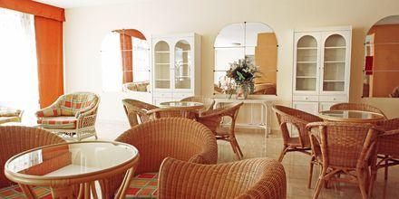 Lobby på hotell Servatur Caribe i Playa de las Americas på Teneriffa.