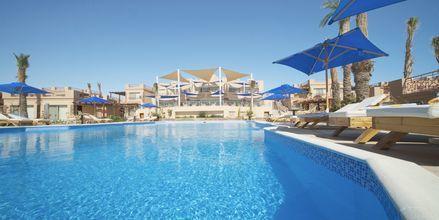 Poolområdet på hotell Shams Prestige Abu Soma i Soma Bay, Egypten.