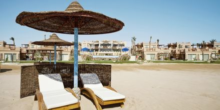 Stranden vid hotell Shams Prestige Abu Soma.