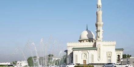 En av Sharjahs 300 moskéer.