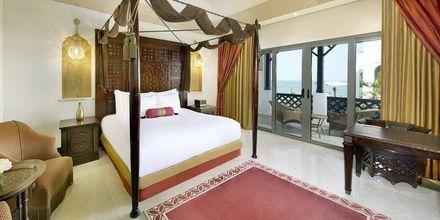 Deluxerum på hotell Sharq Village & Spa i Doha, Qatar.
