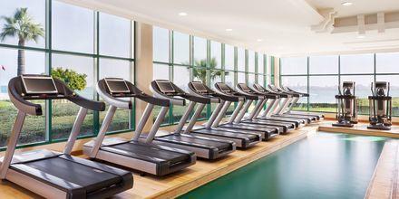Hotellet har också ett stort gym ifall du vill röra på dig lite extra under semestern.
