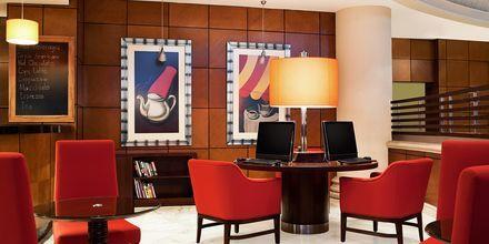 Link@Sheraton Café på hotell Sheraton Jumeirah Beach Resort i Dubai, Förenade Arabemiraten.